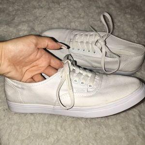 Vans authentic lo pro sneaker in true white
